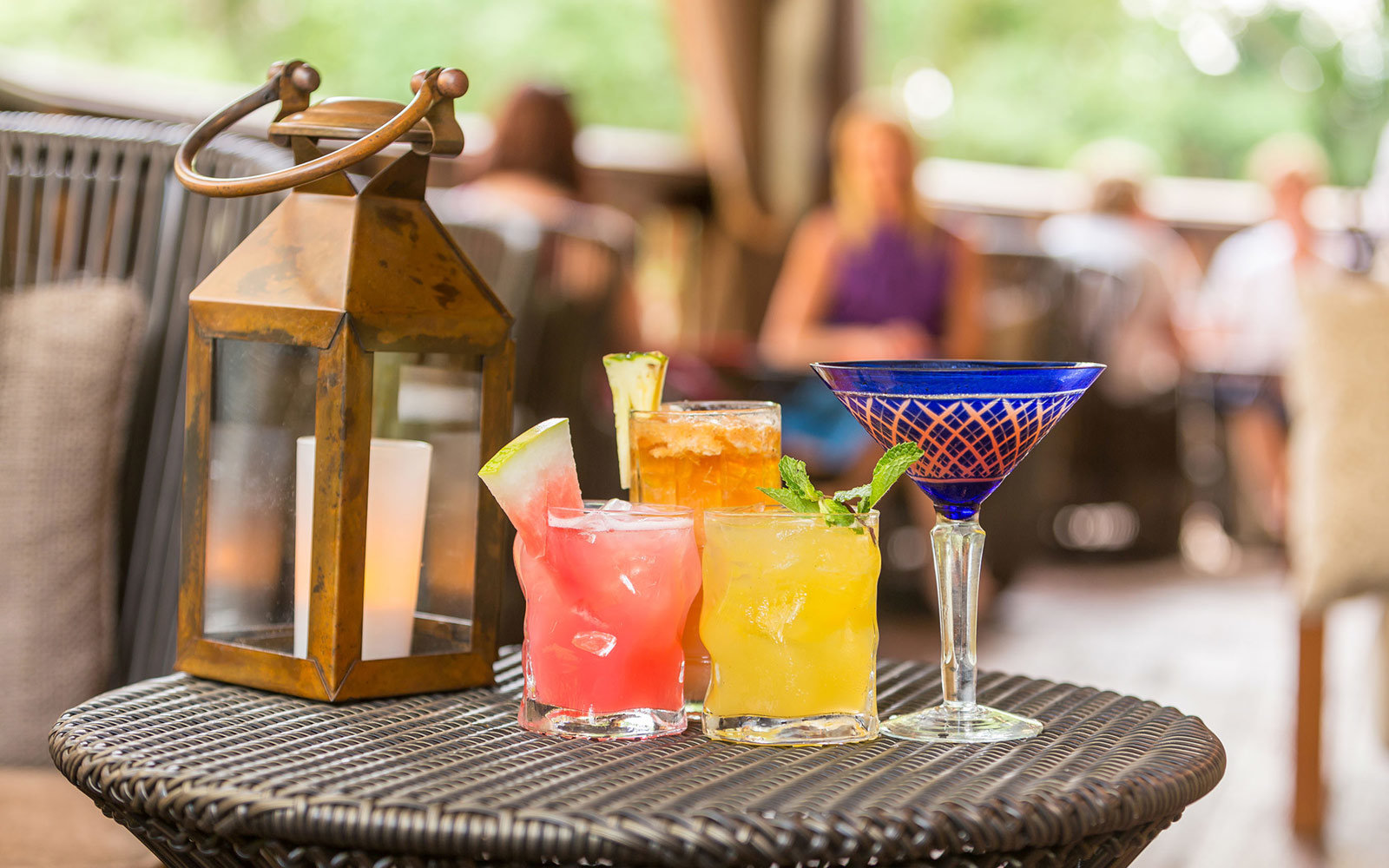 pics Creative Cocktail Bar Ideas for Every Type of Wedding