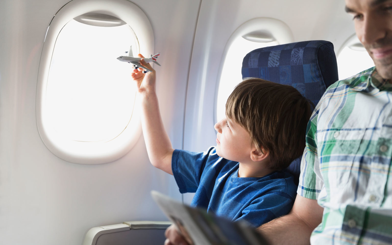 kid-in-airplane-FREE1216.jpg