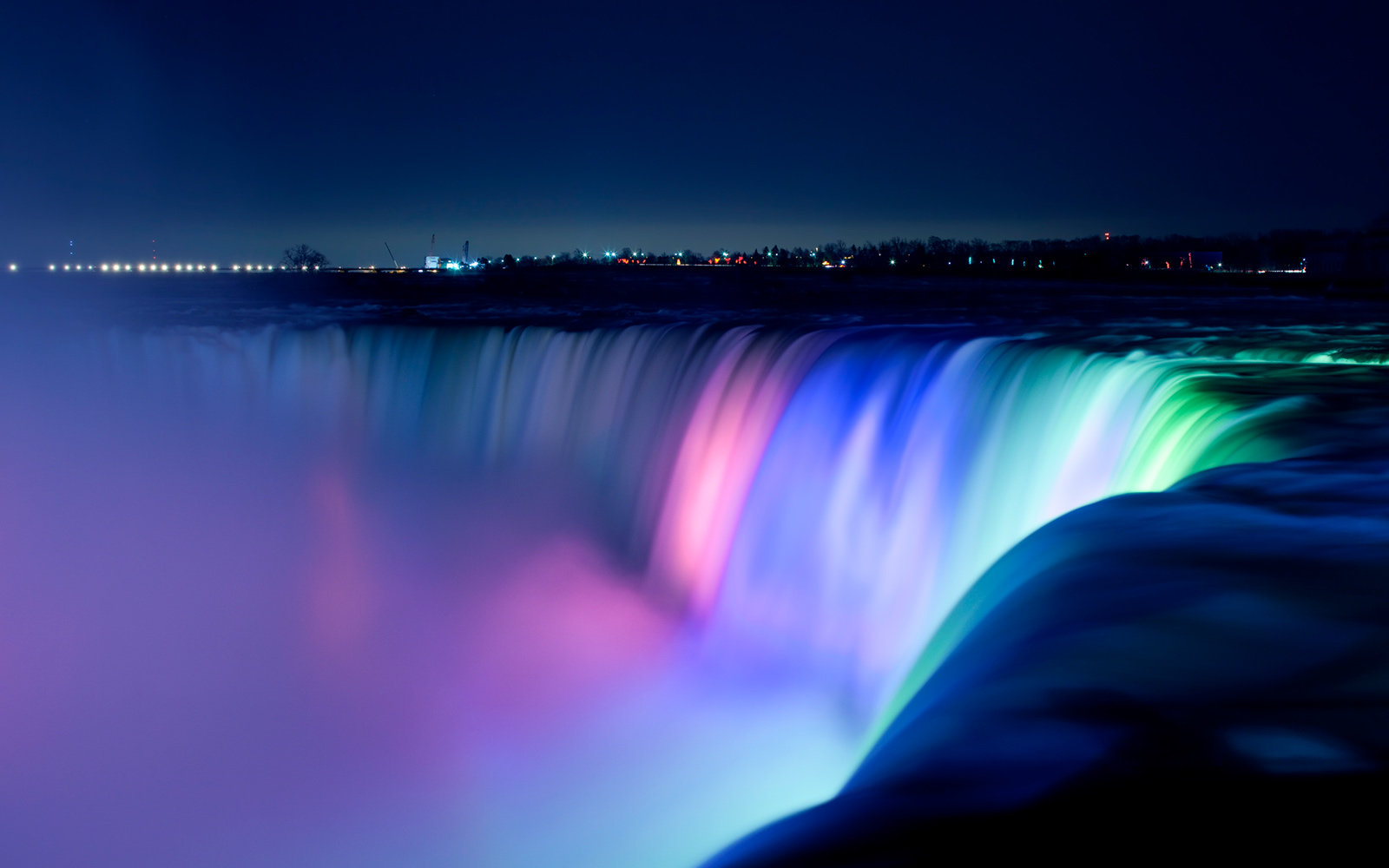 Niagara Falls Is A Technicolor Dream After 4 Million
