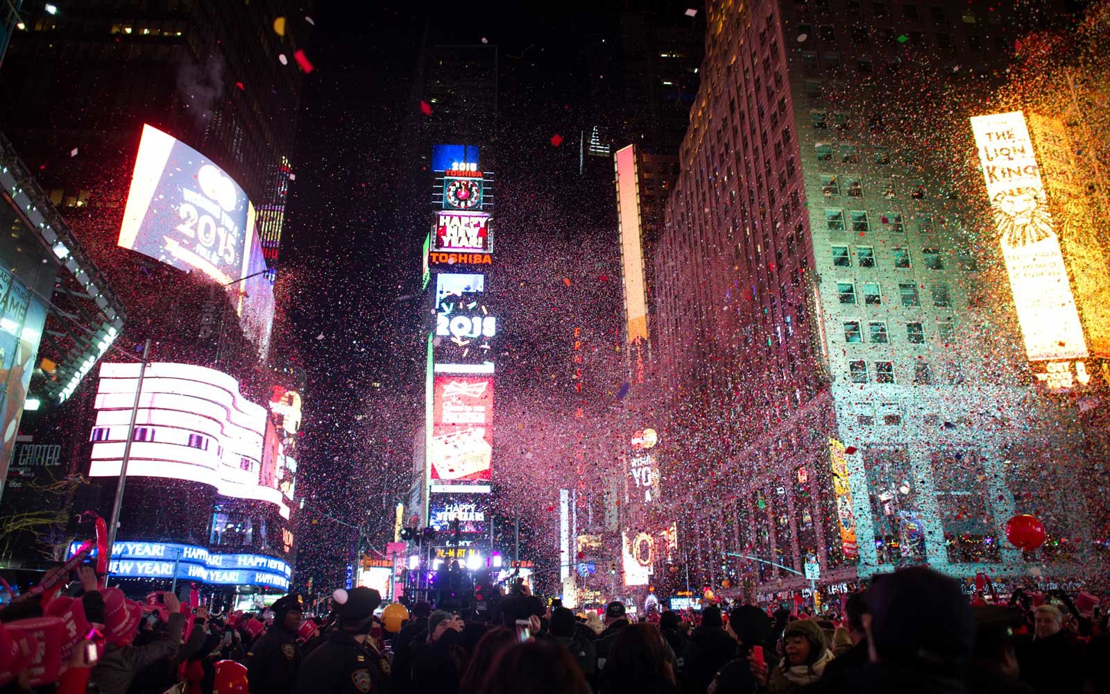 how to book a last minute trip to new york city for new years eve