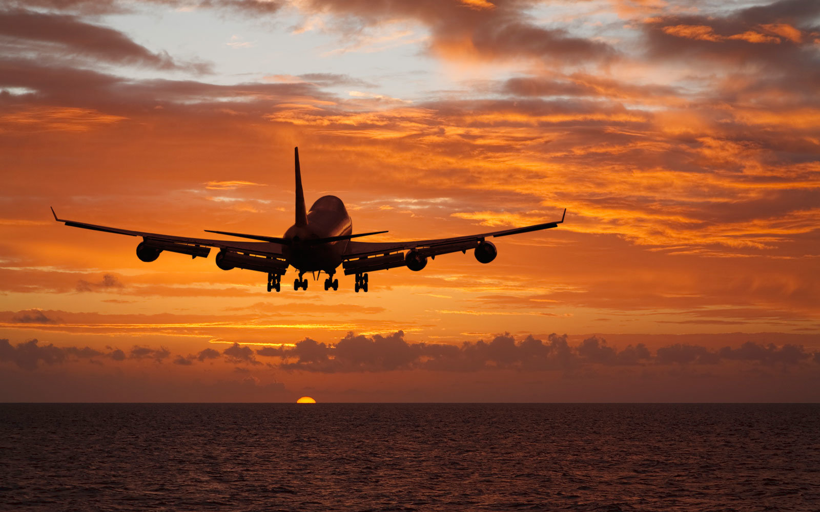 travel and tourism airports and airlines The importance of transportation in tourism sector   the travel and tourism experience  the airports are very important in air travel.