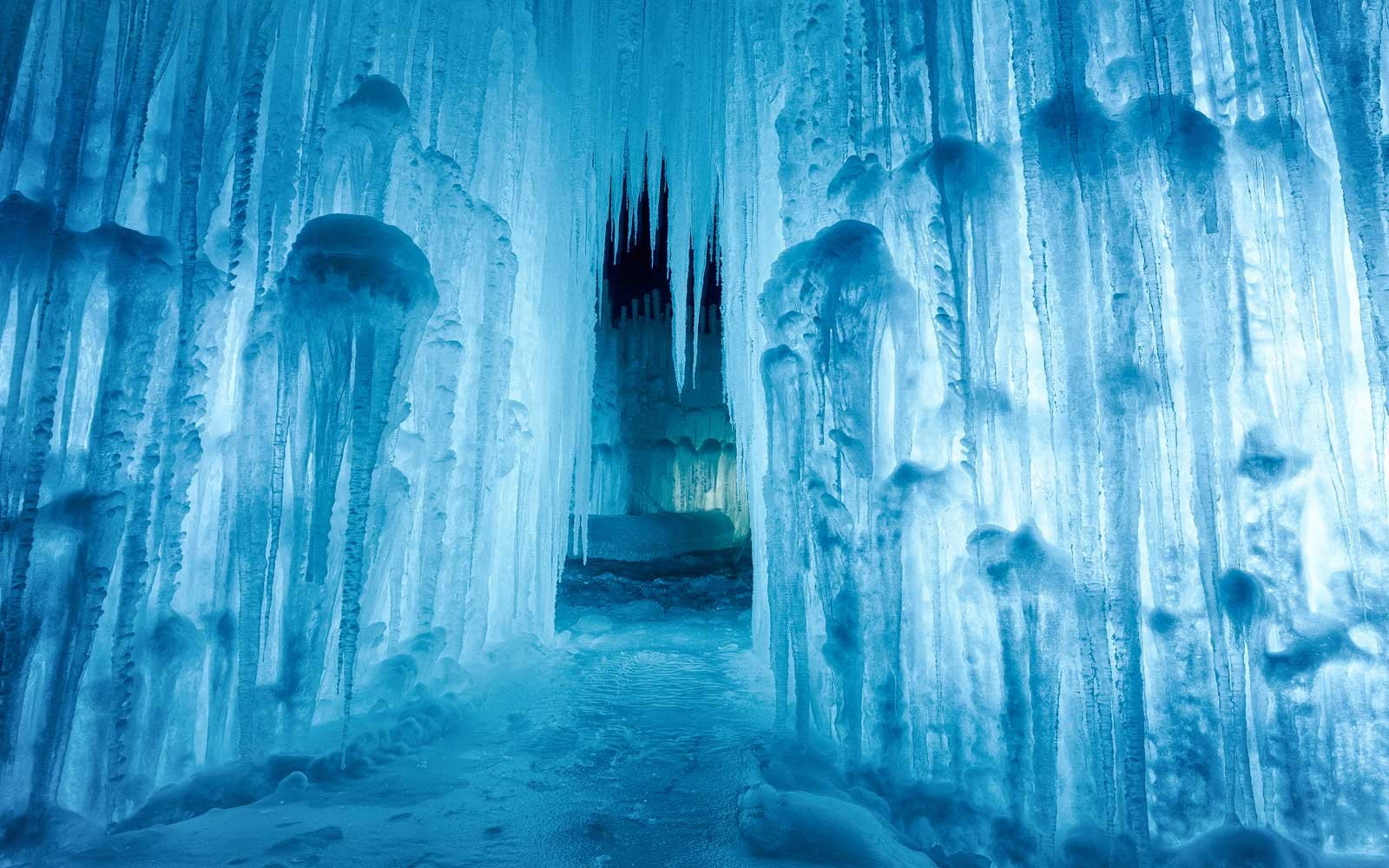 The Midwest Is Home to Some of the Coolest Ice Castles We ...