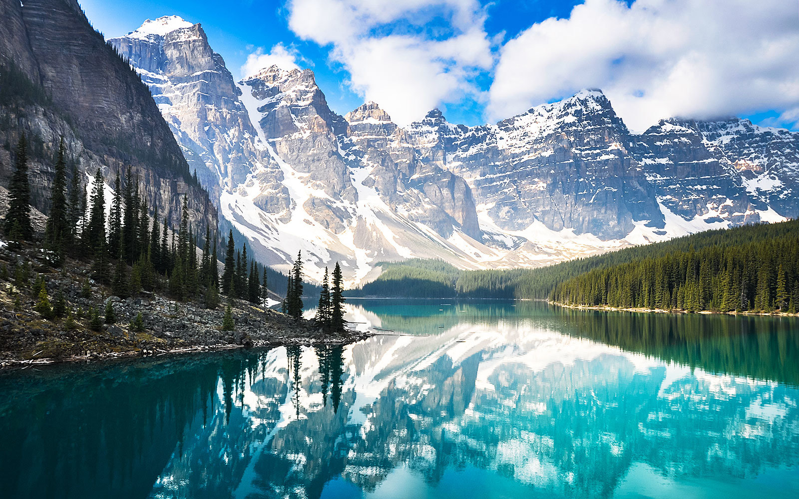 Canada Is Offering Free Admission to Its National Parks in 2017—Here's Where to Stay