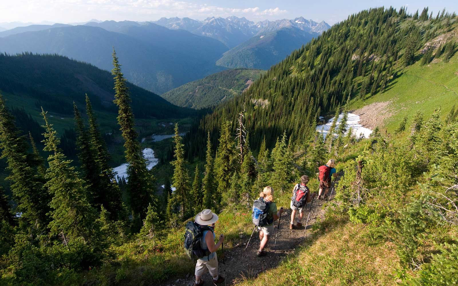 Mountain Trek Fitness Retreats & Health Spa,  Canada