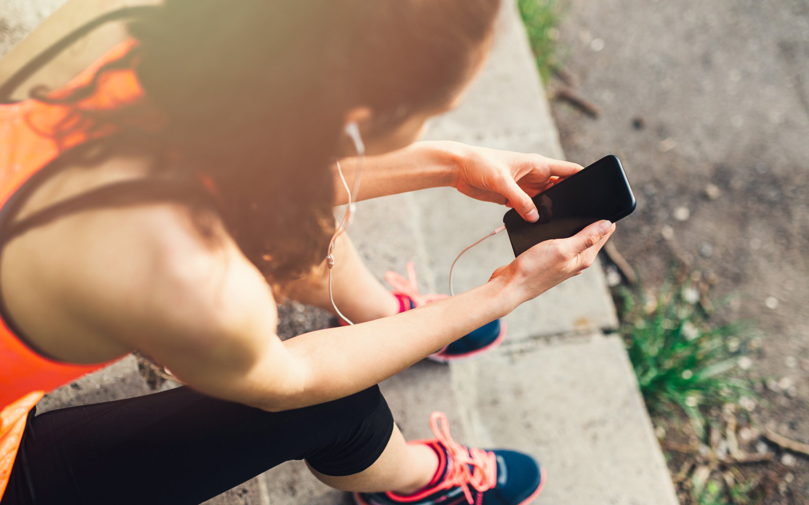 Why Smart Phones Can Damage Your Workout