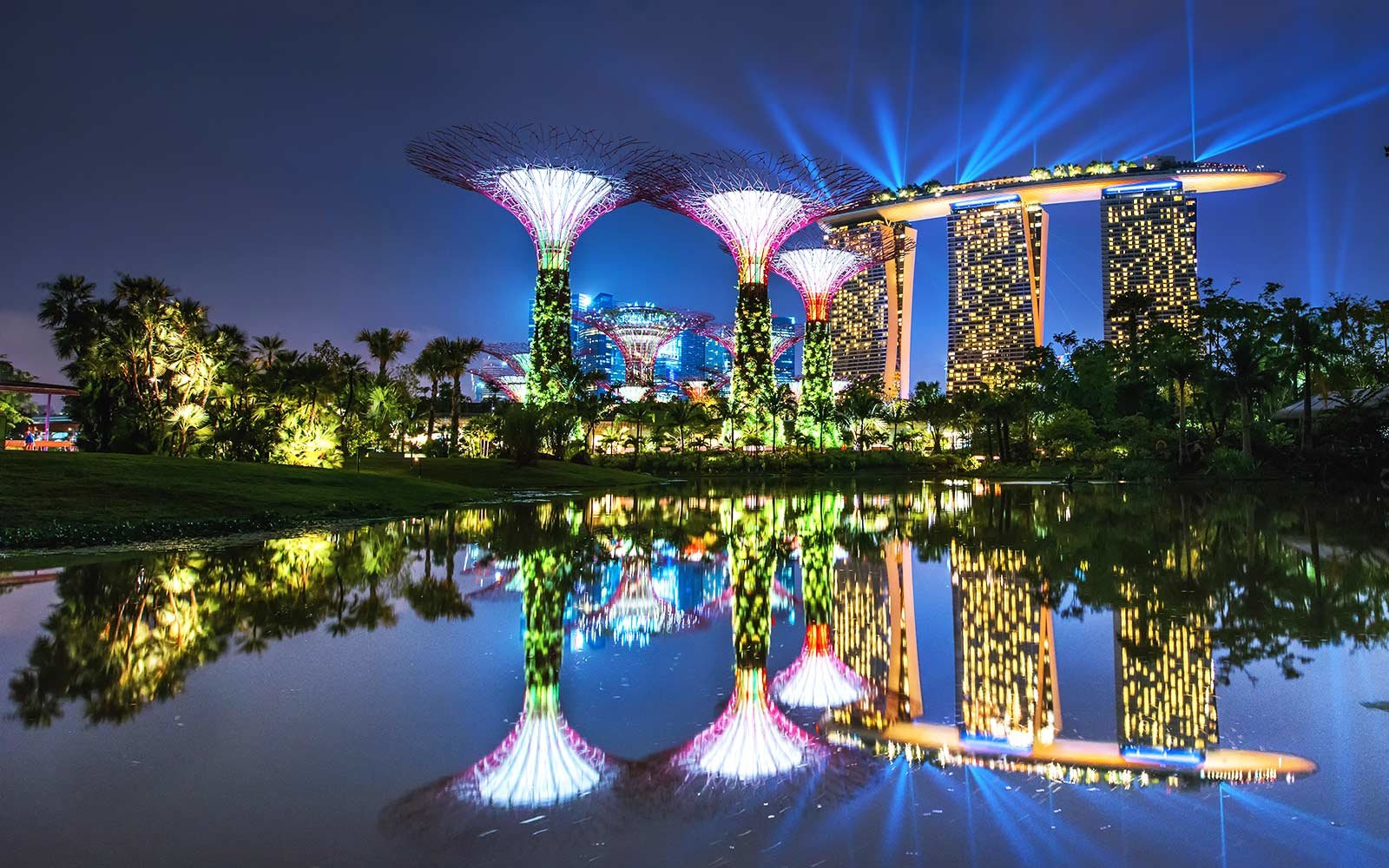 FLIGHT DEAL: Fly to Singapore and Tokyo for $750