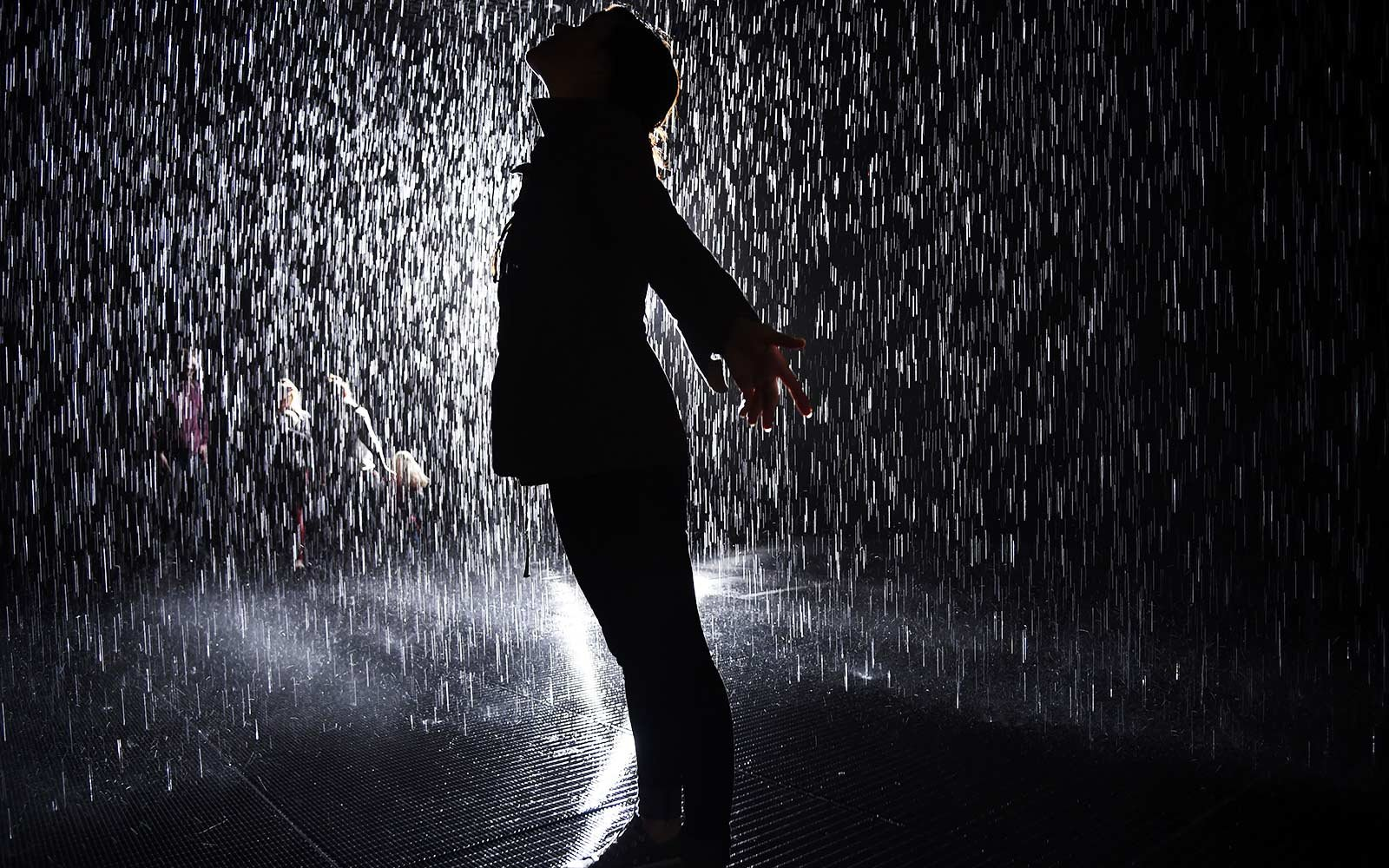 LACMA will keep rain room