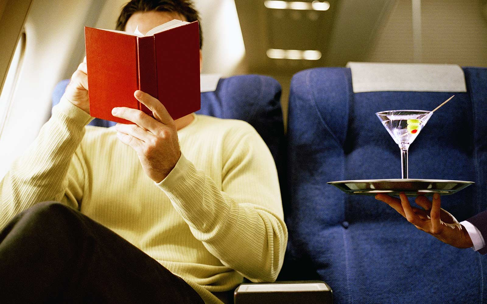 How to Become a Frequent Flier Without Spending a Lot of Money