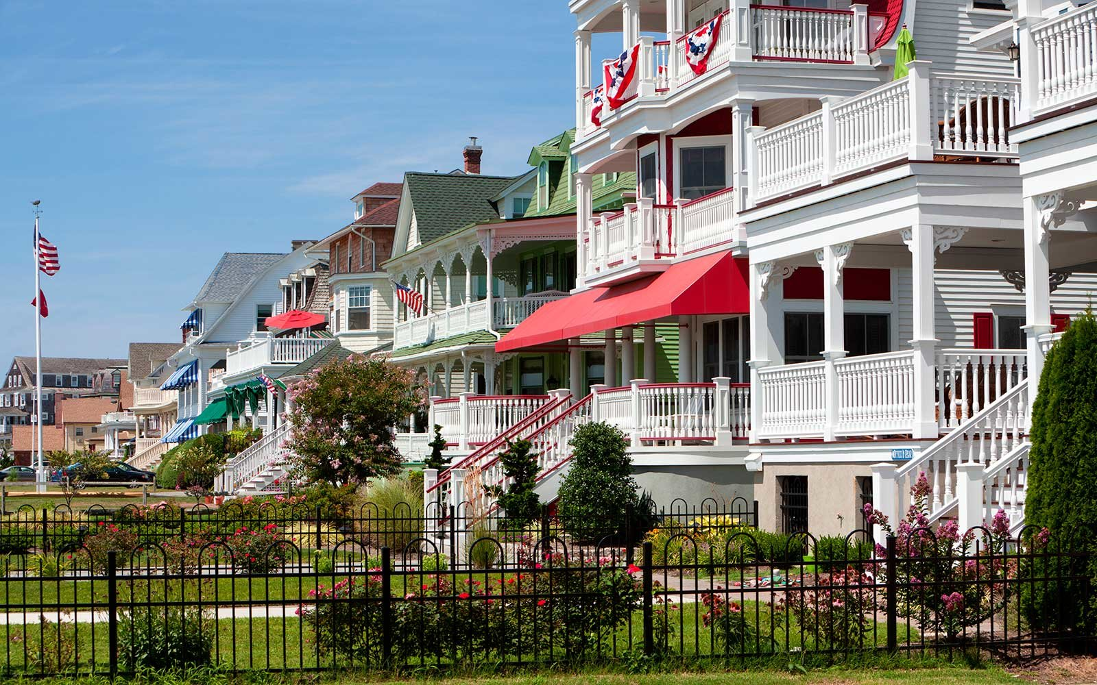 2017 Happiest Seaside Towns in America