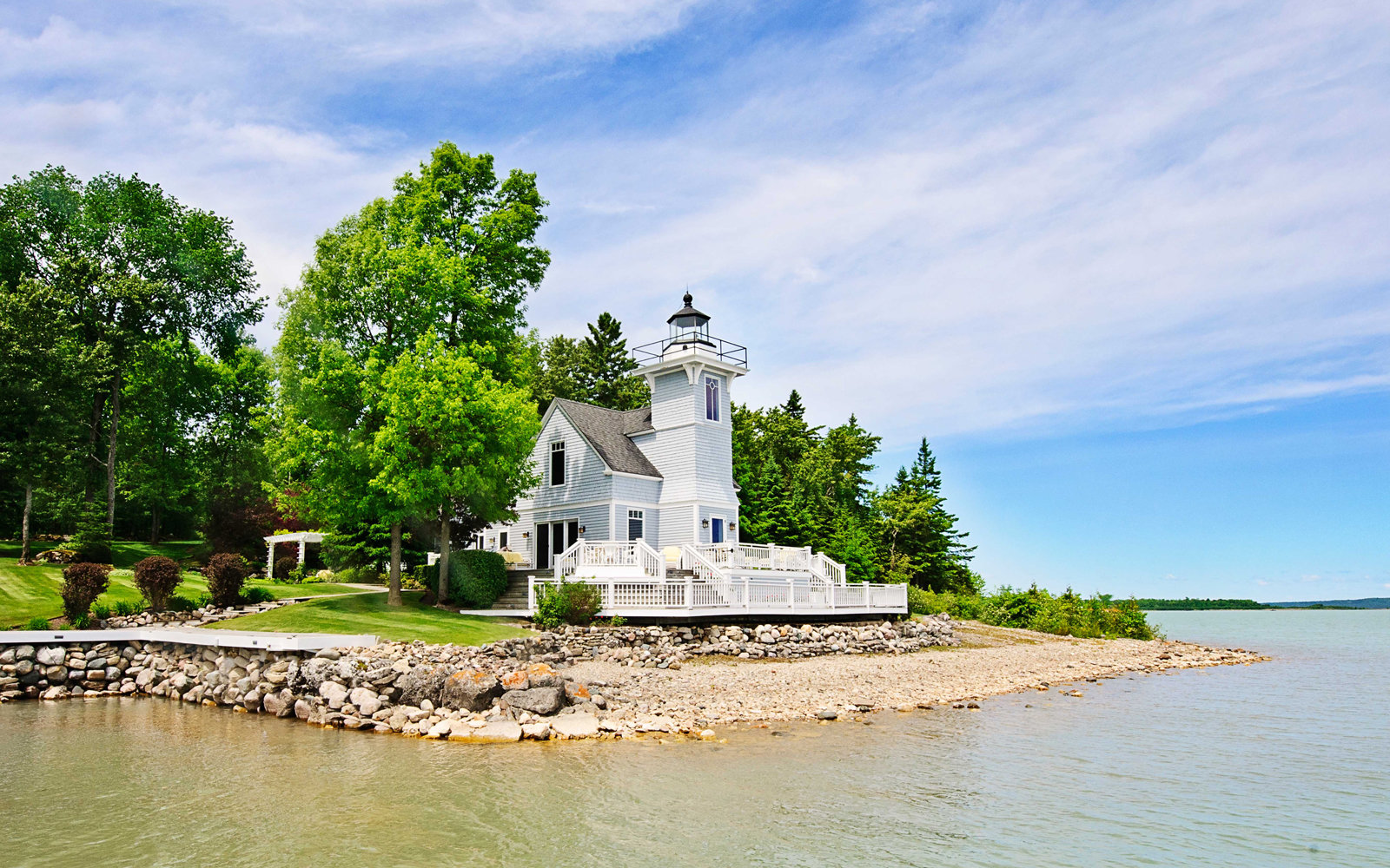 This Charming Lighthouse in Michigan Is For Sale