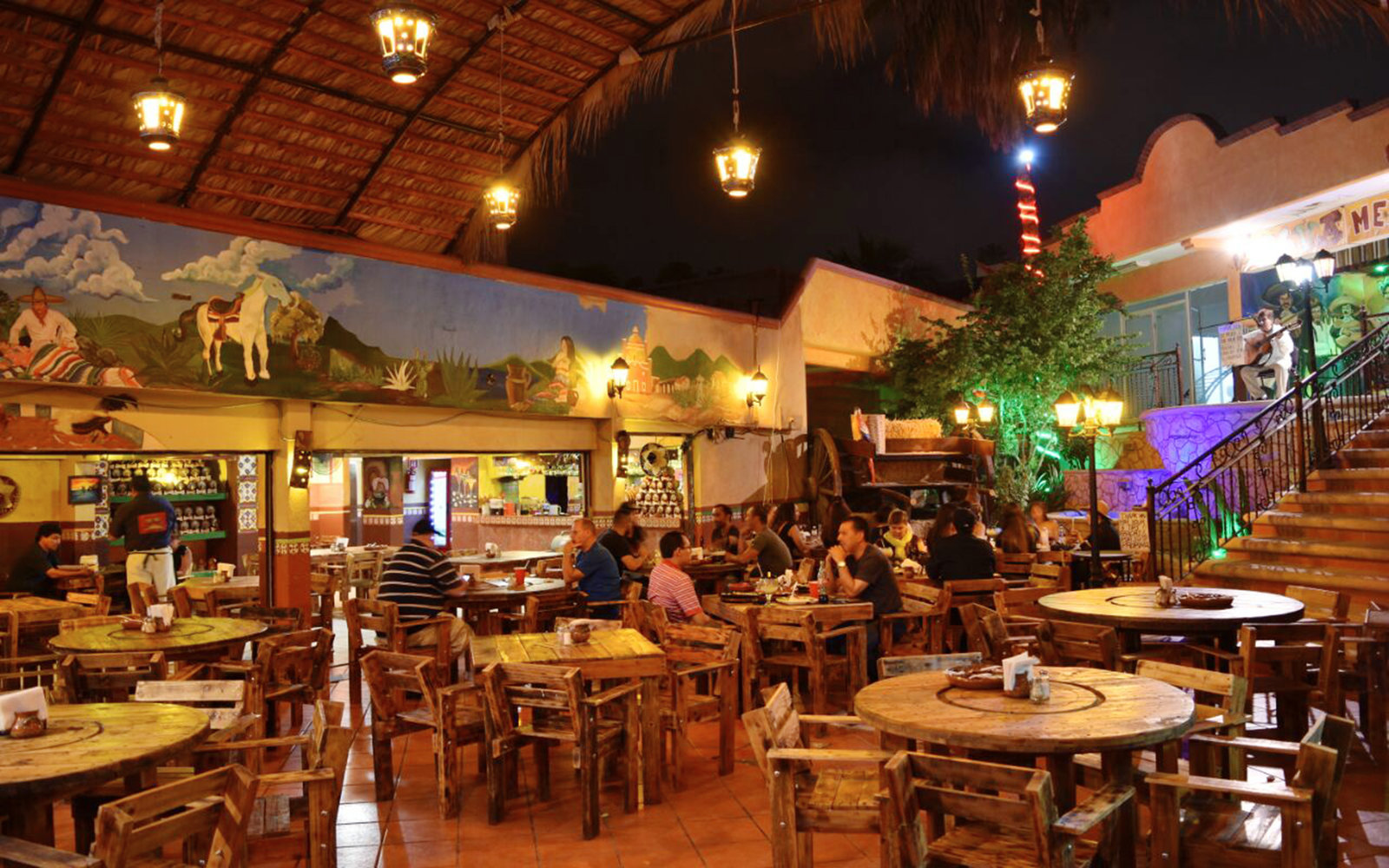 Las Guacamayas 8 Best Restaurants in Los Cabos