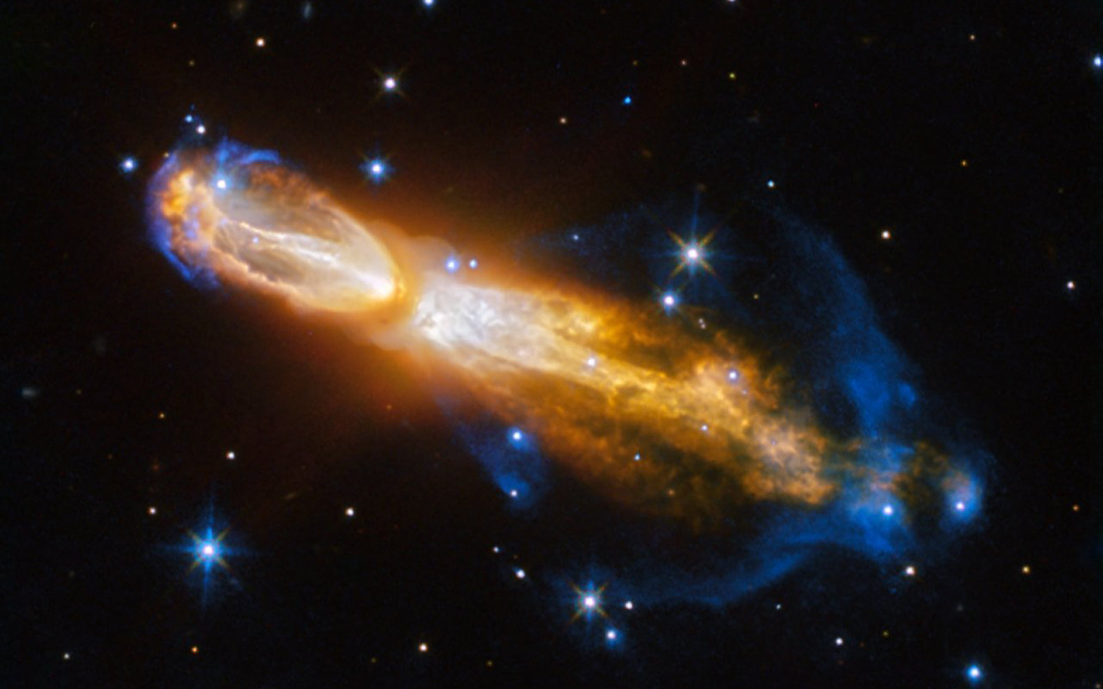 NASA's Hubble Telescope Captures Rare Image of Dying 'Rotten Egg' Star