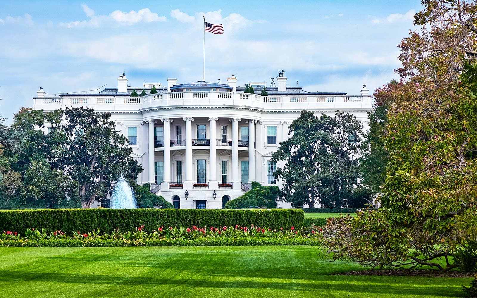 White house to resume public tours travel leisure for White house fall garden tour 2017
