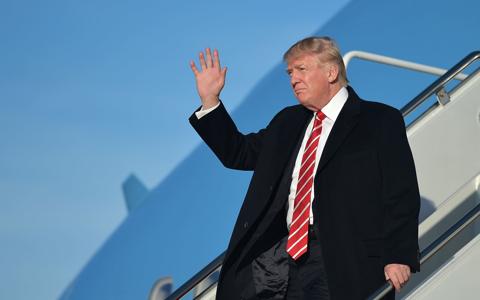 Trump impressed a plane can look so beautiful at 30.