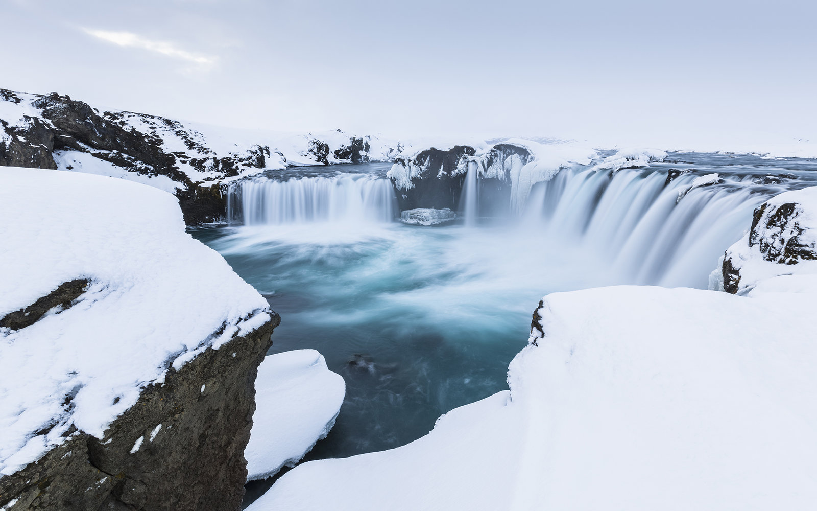 2 For 1 Flight Deal To Iceland And London For 357
