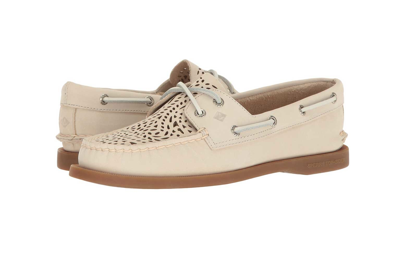 Best Walking Shoes for Travel: Sperry