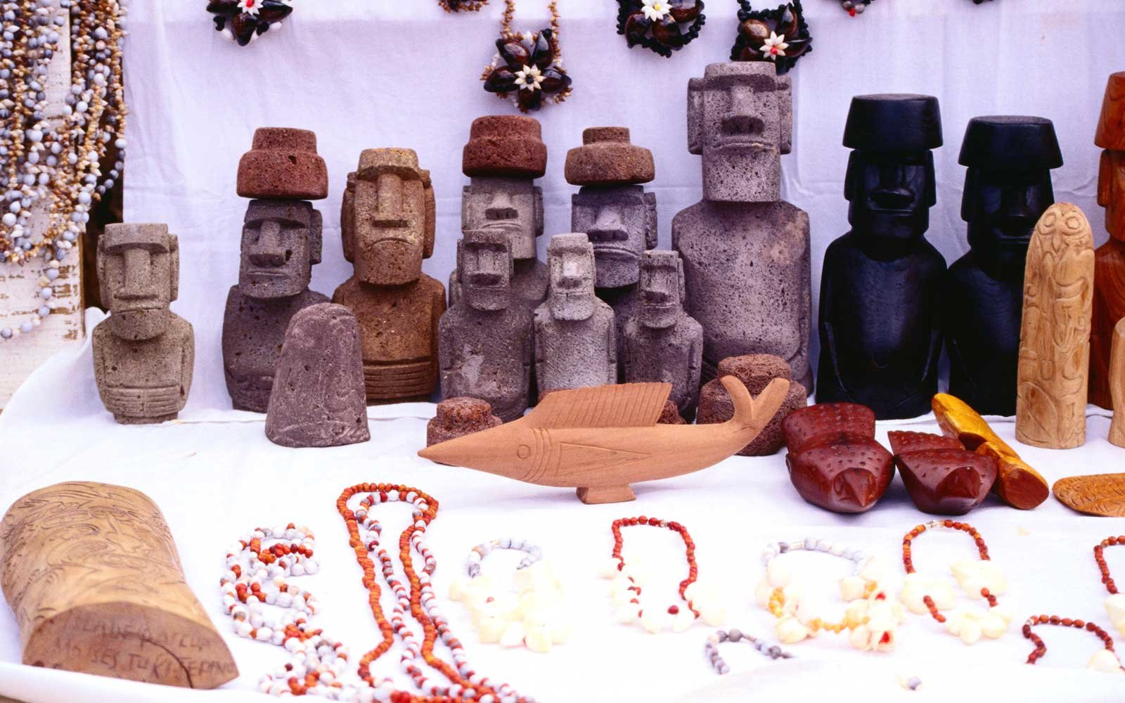 The Best Easter Island Souvenirs