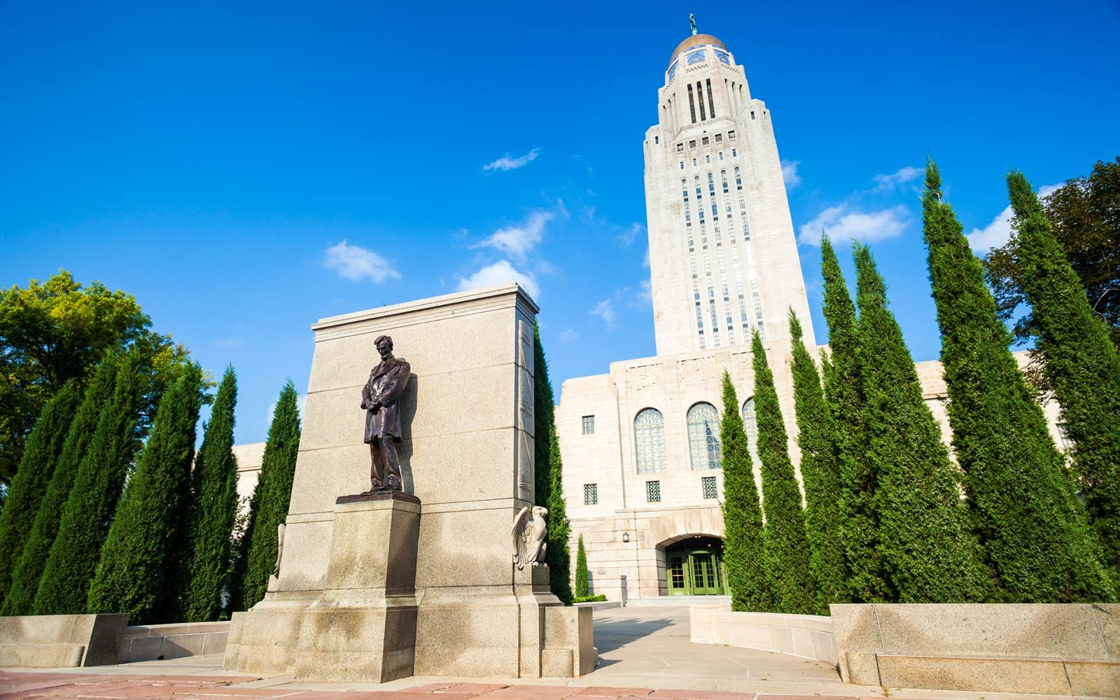 Tour the Nebraska Capitol Building: Lincoln, NE