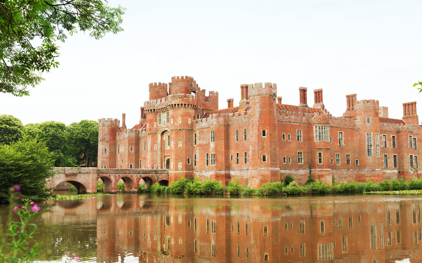 herstmonceux-castle-outside-WIZARD317.jpg