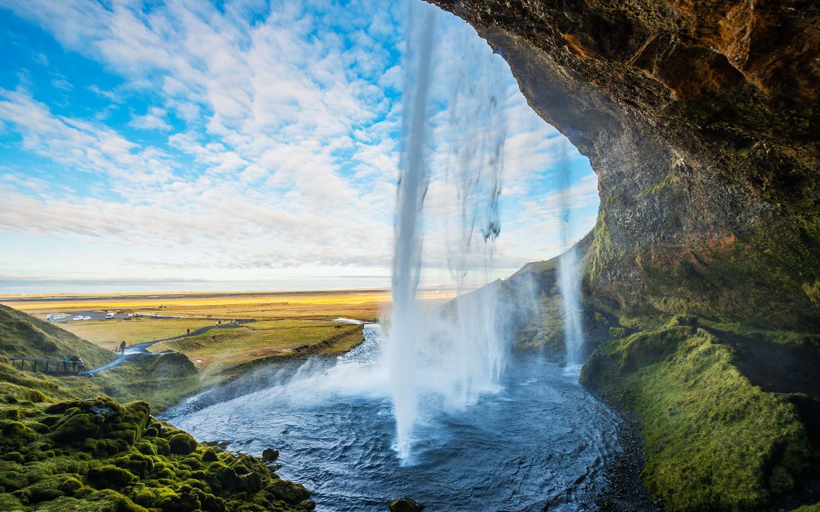 Iceland flight deal $220
