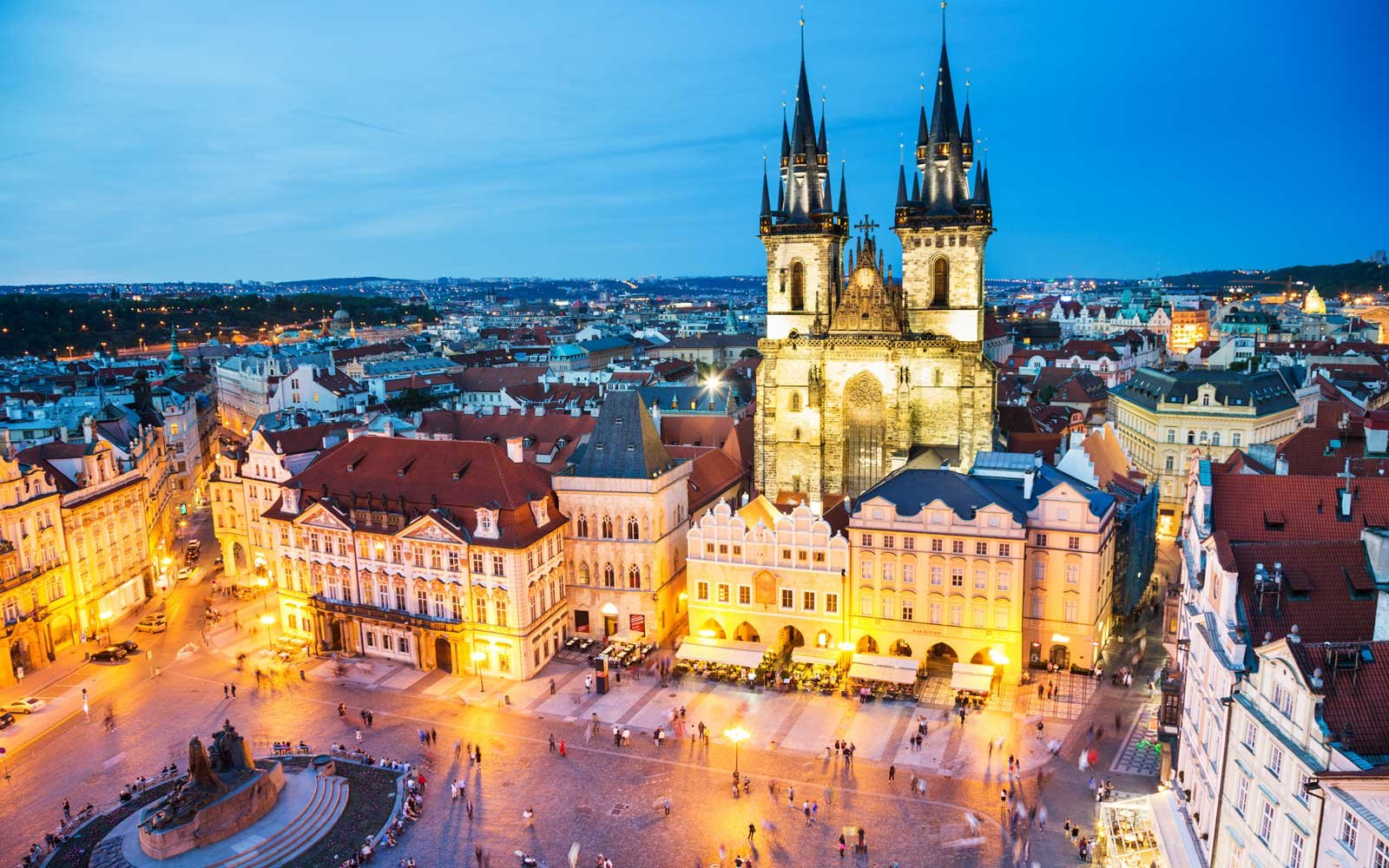 Photos of prague prove it 39 s a real life fairy tale for Prague square