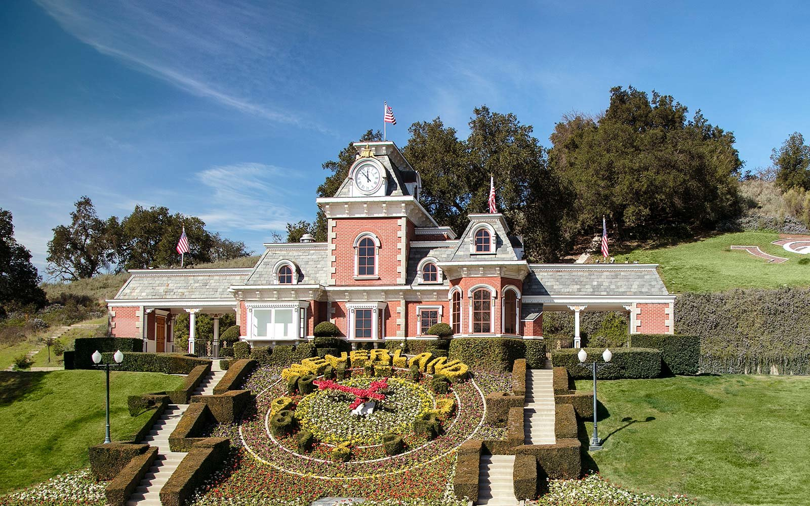 entry-topiary-neverland-ranch-NEVERLAND0317