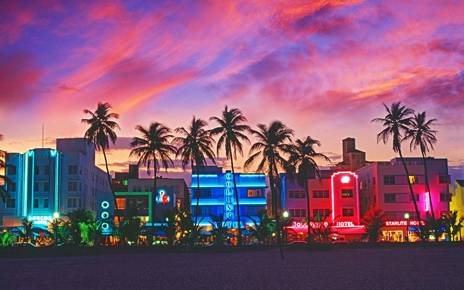 Colleges In Miami Florida >> How to Use Facebook City Guides | Travel + Leisure