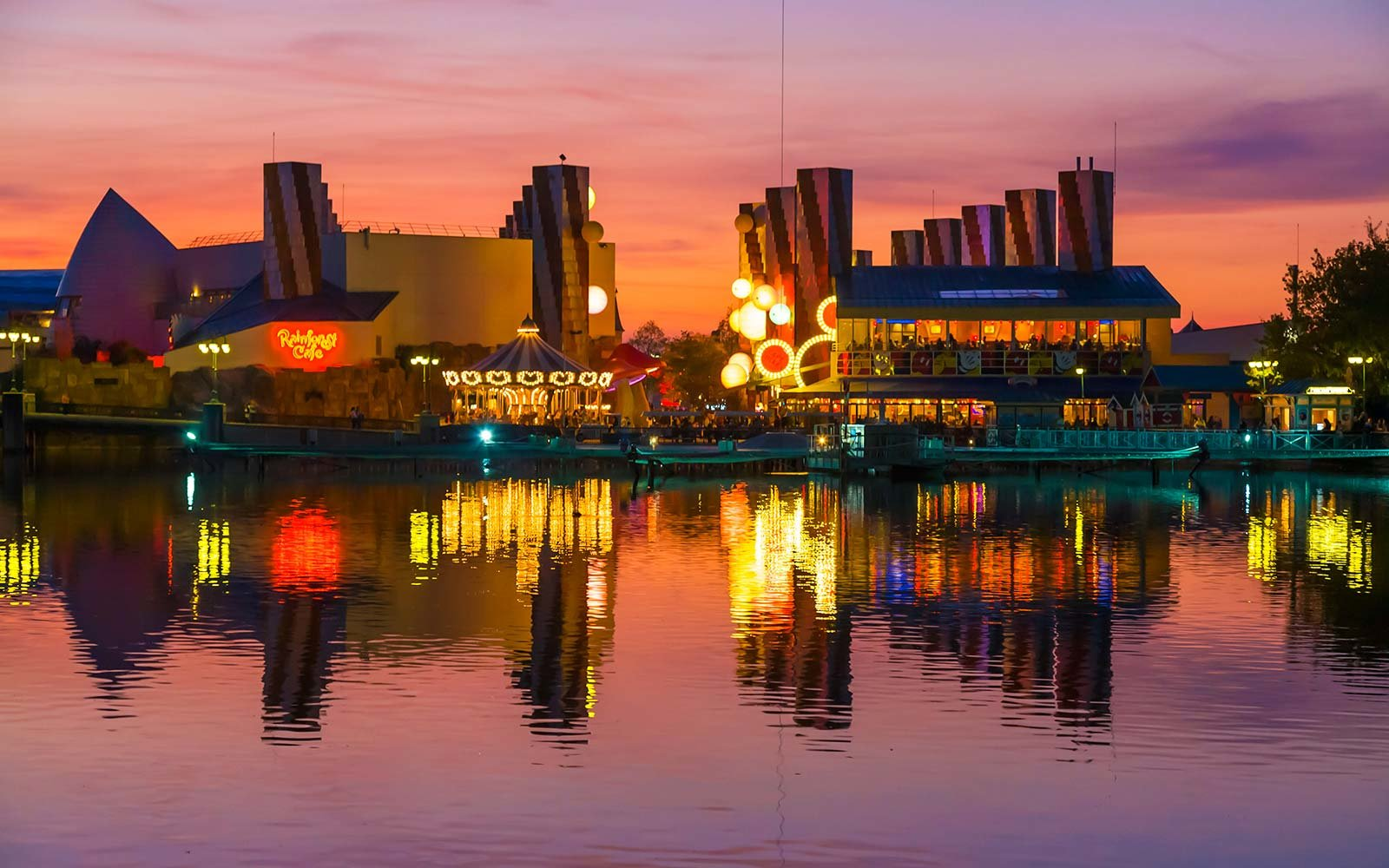 Disney Village Harbor - Paris, France