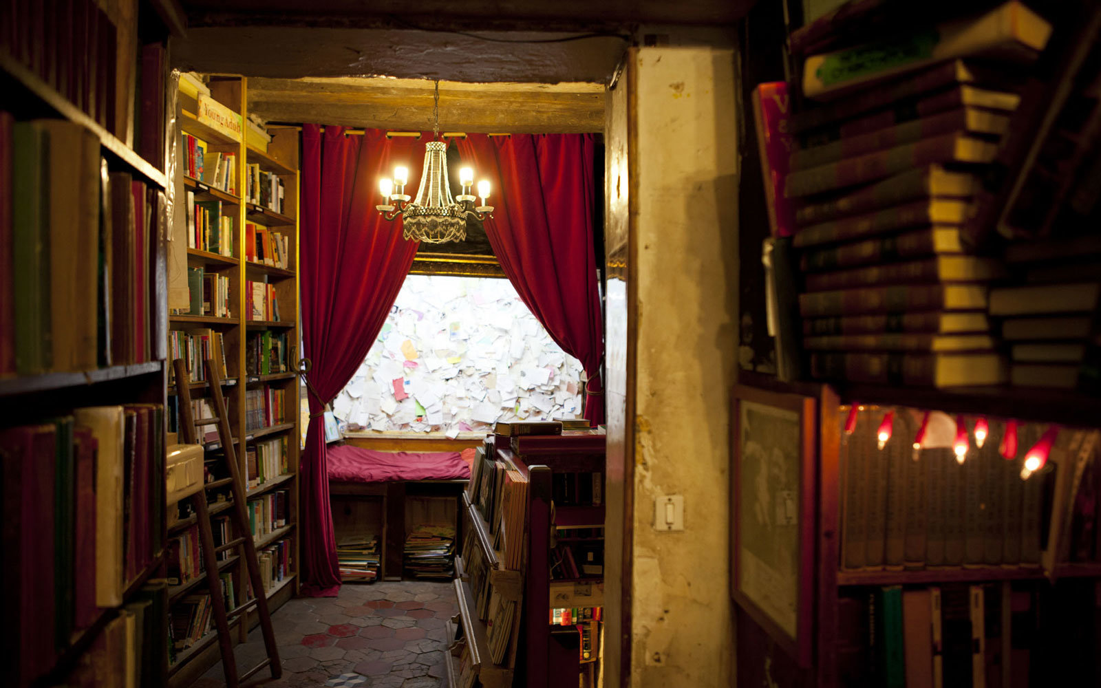 Book Lovers Can Spend The Night At Shakespeare And Company