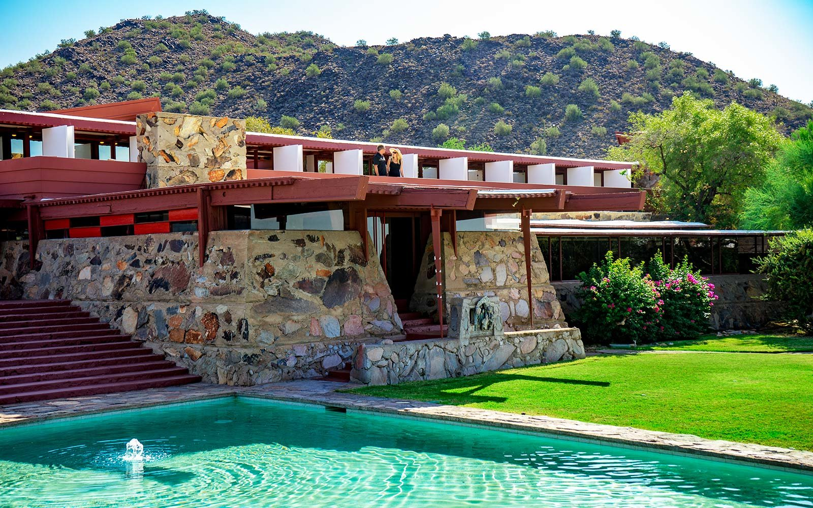 10 Must See Houses Designed By Master Architect Frank Lloyd Wright