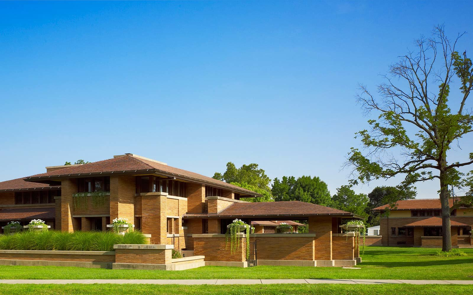 10 must see houses designed by architect frank lloyd for Frank lloyd wright stile prateria