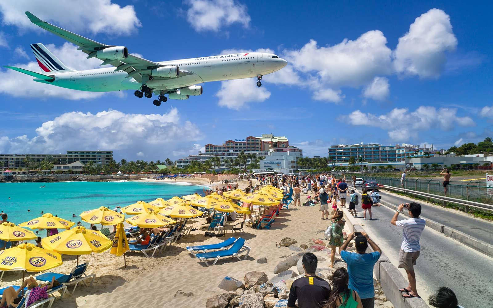The World's Scariest Airport Landings