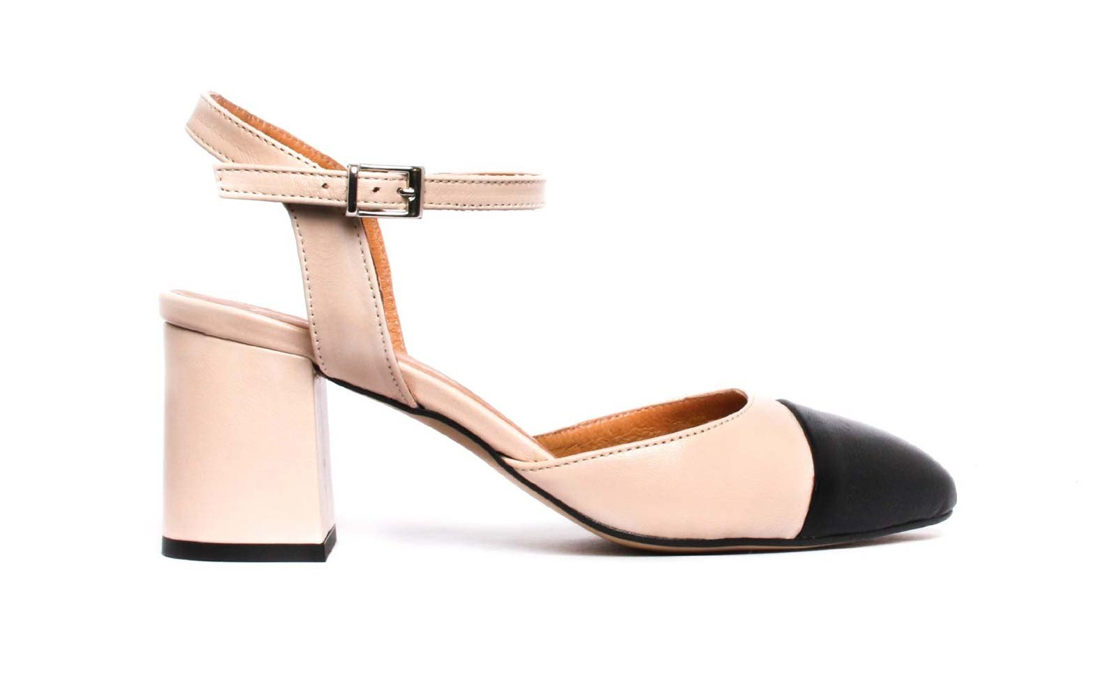 The Best Heels for Traveling
