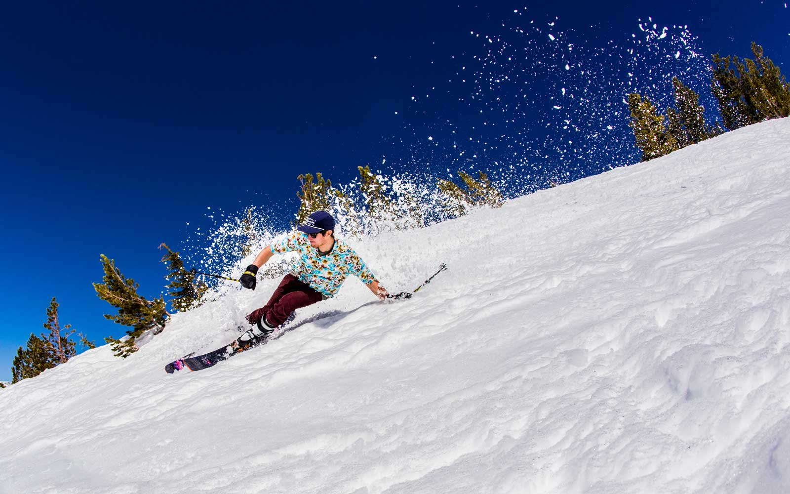 6 Mountains Perfect for Skiing Around the U.S. This Spring ...