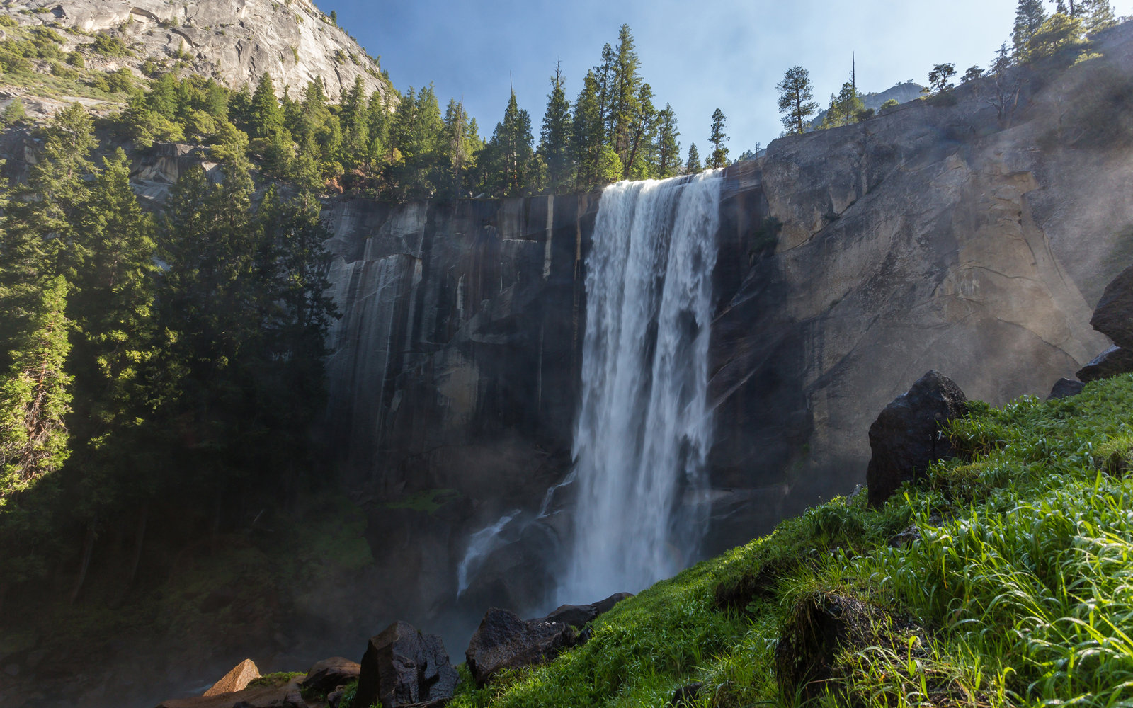 Yosemite's Waterfalls Are Roaring Back To Life After Years