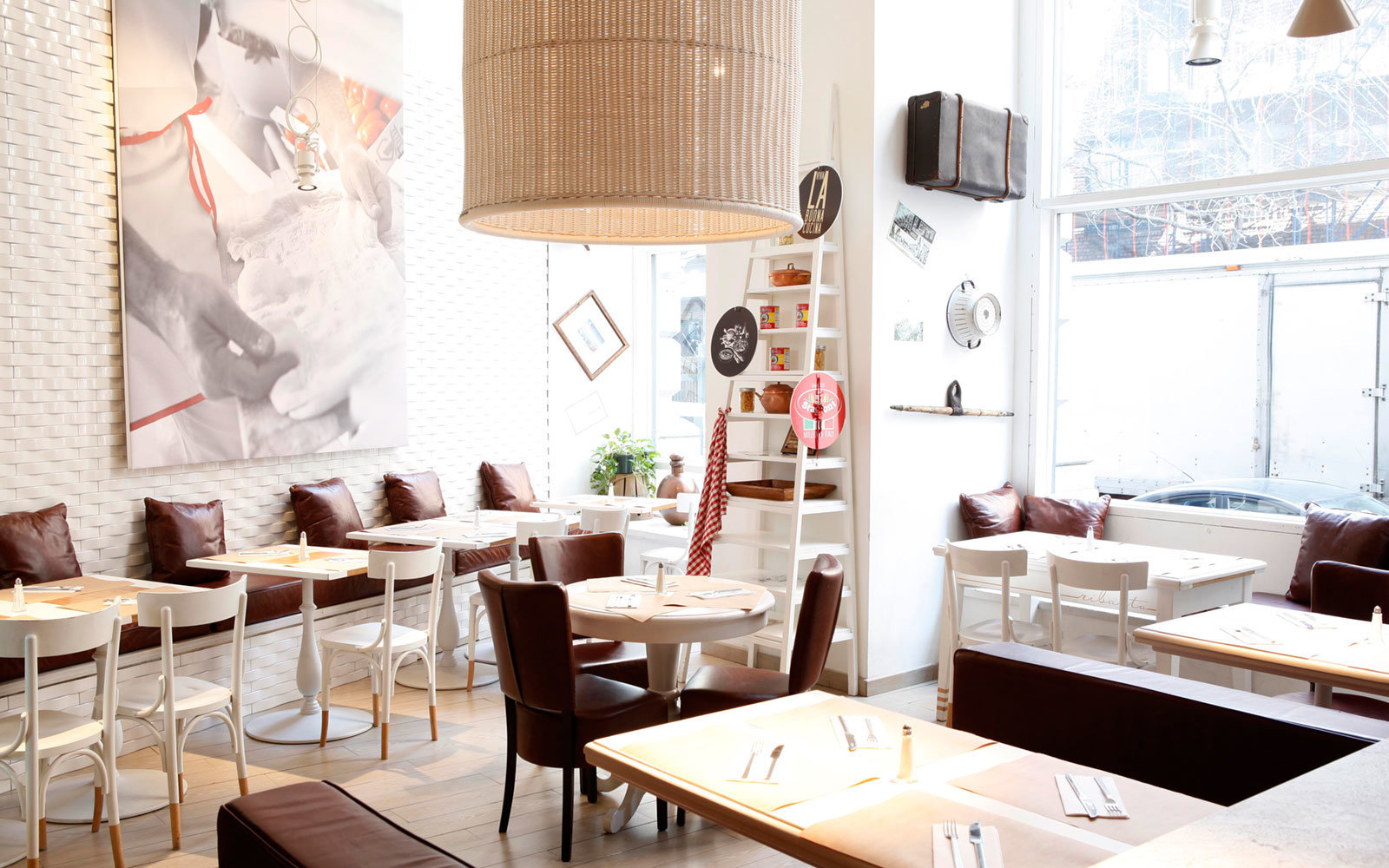 Best Brunches Around the World for Mother\'s Day | Travel + Leisure
