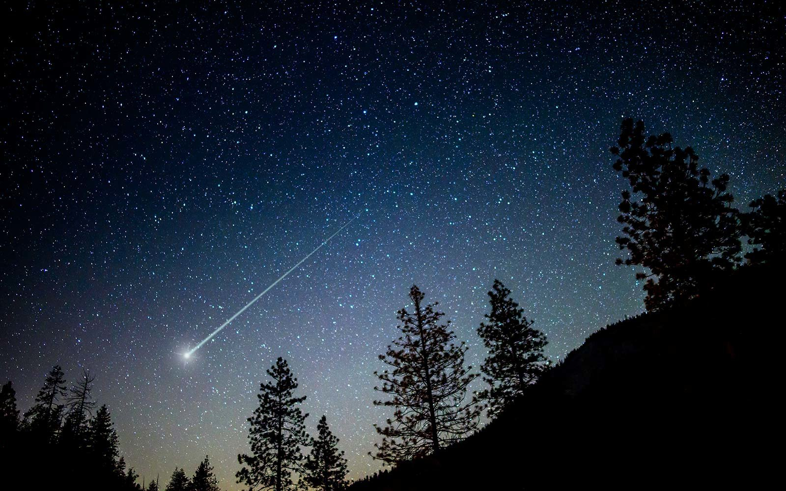 asteroid in the sky - photo #3