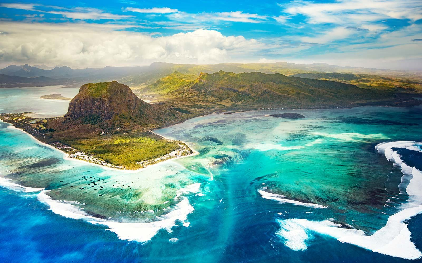 Le Morne Mauritius Underwater Waterfall