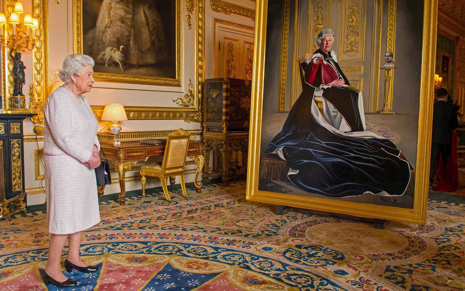 Places Where The Queen Shops
