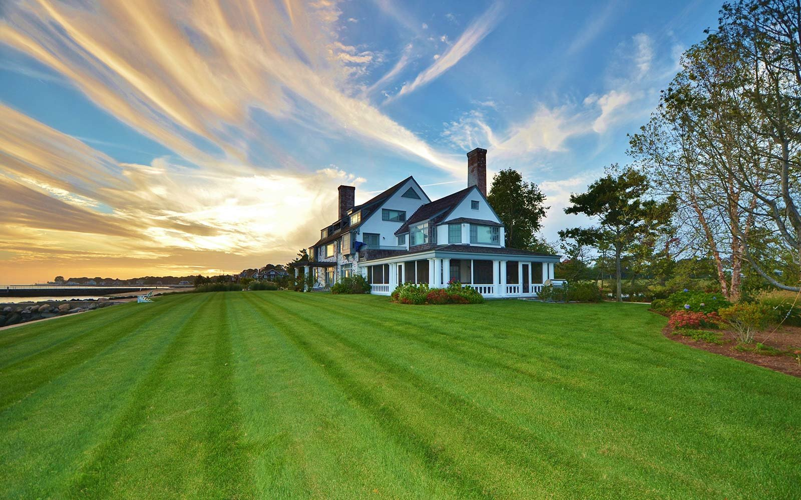 Katharine Hepburn's Connecticut summer home for sale