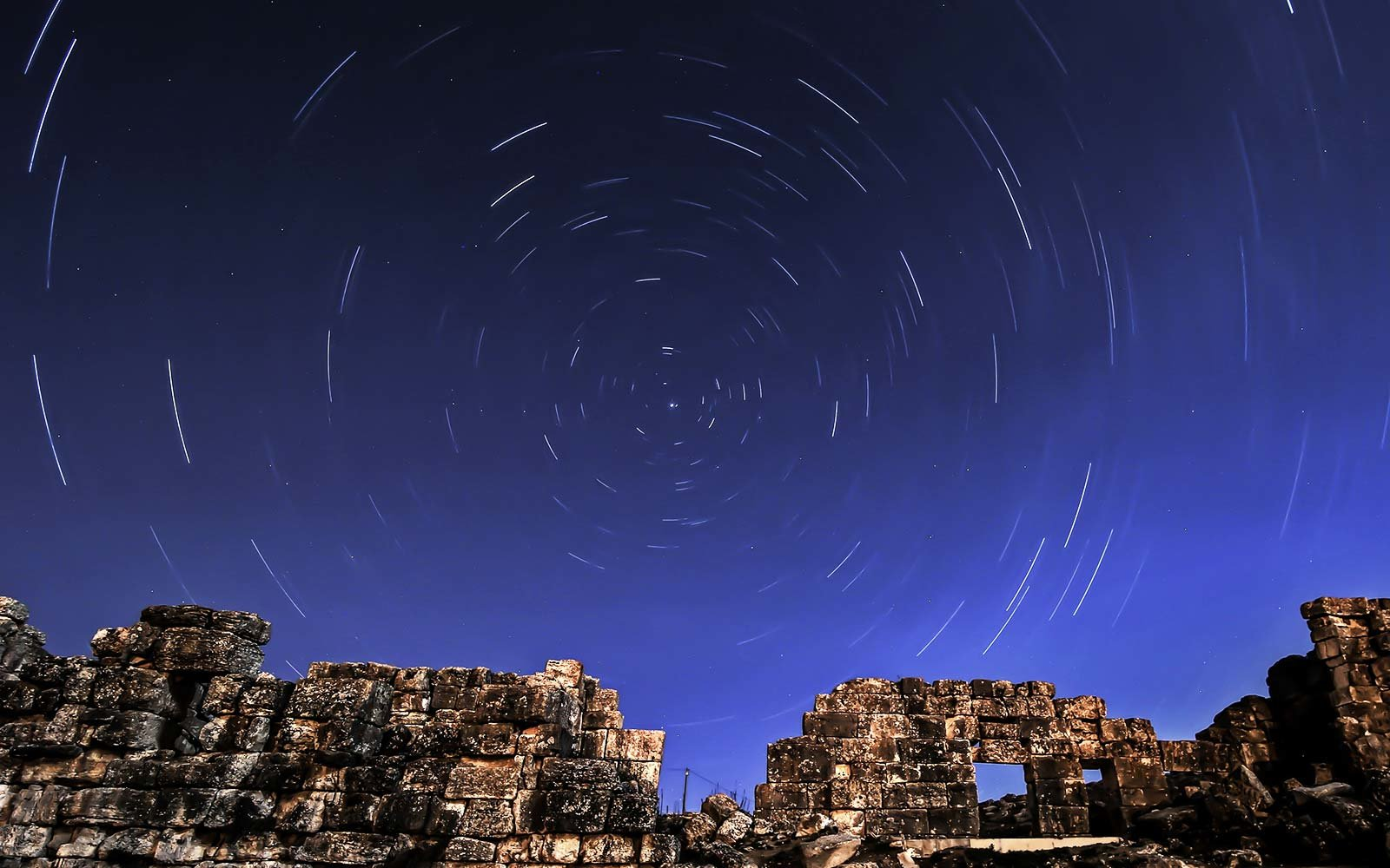 Lyrid Meteor Shower: Where and When to See It | Travel ...