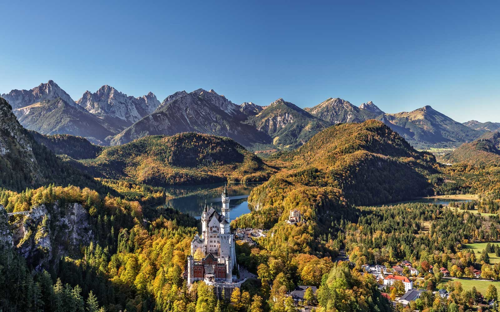 Where is Neuschwanstein Castle