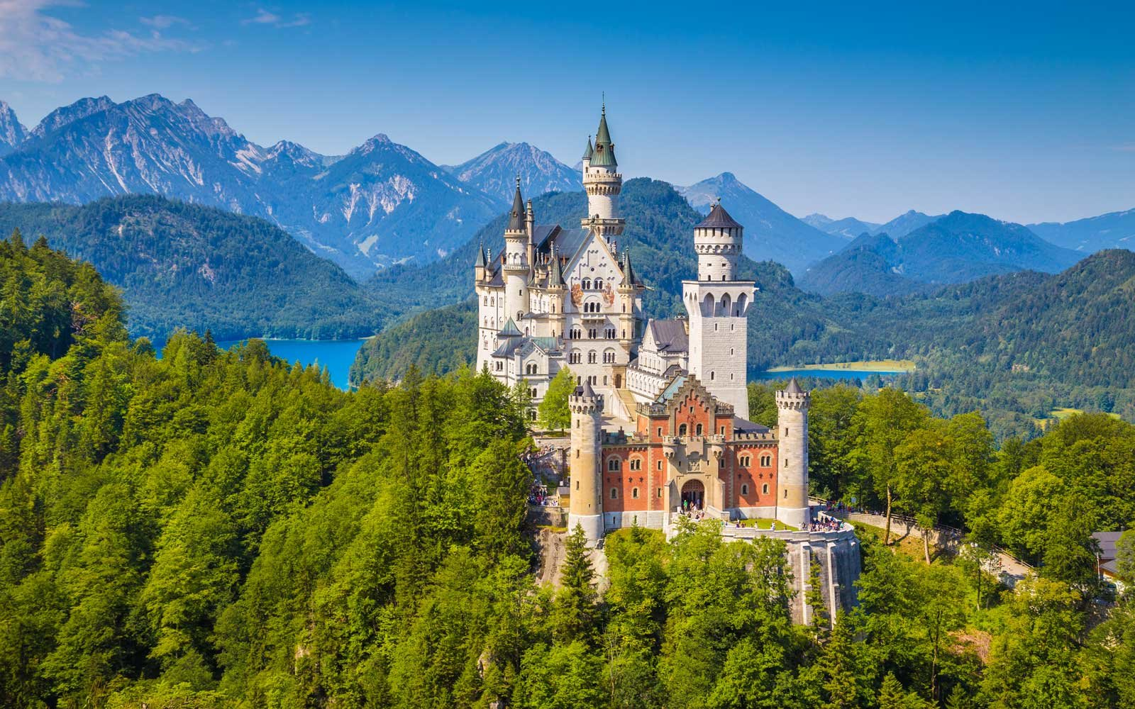 Connu 25 Facts About Neuschwanstein Castle in Germany | Travel + Leisure EM53