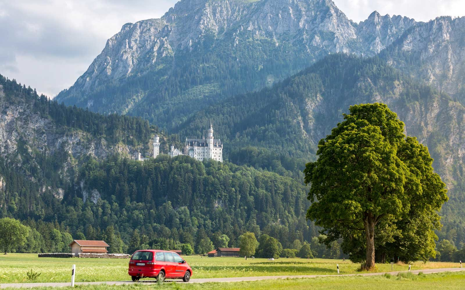 Transportation from Munich to Neuschwanstein Castle