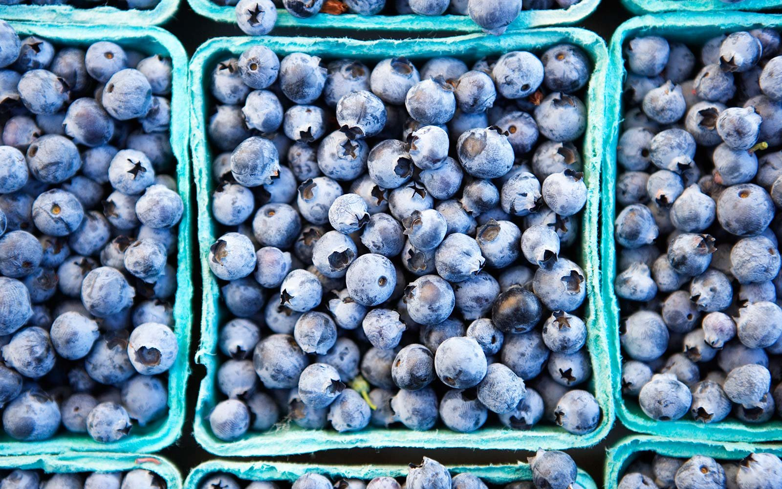 Low Calorie Healthy Foods Blueberries Fruit Market