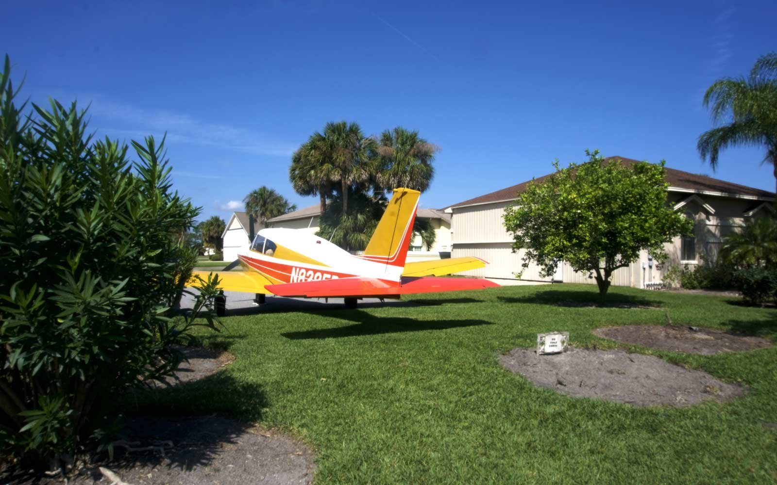House Airplane Parking
