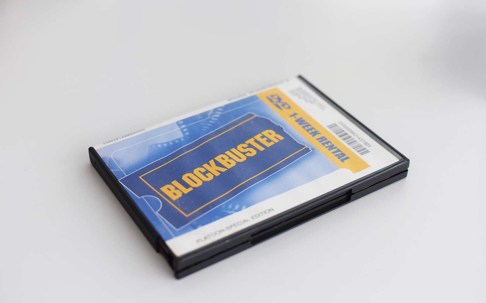 blockbuster dvd rental case