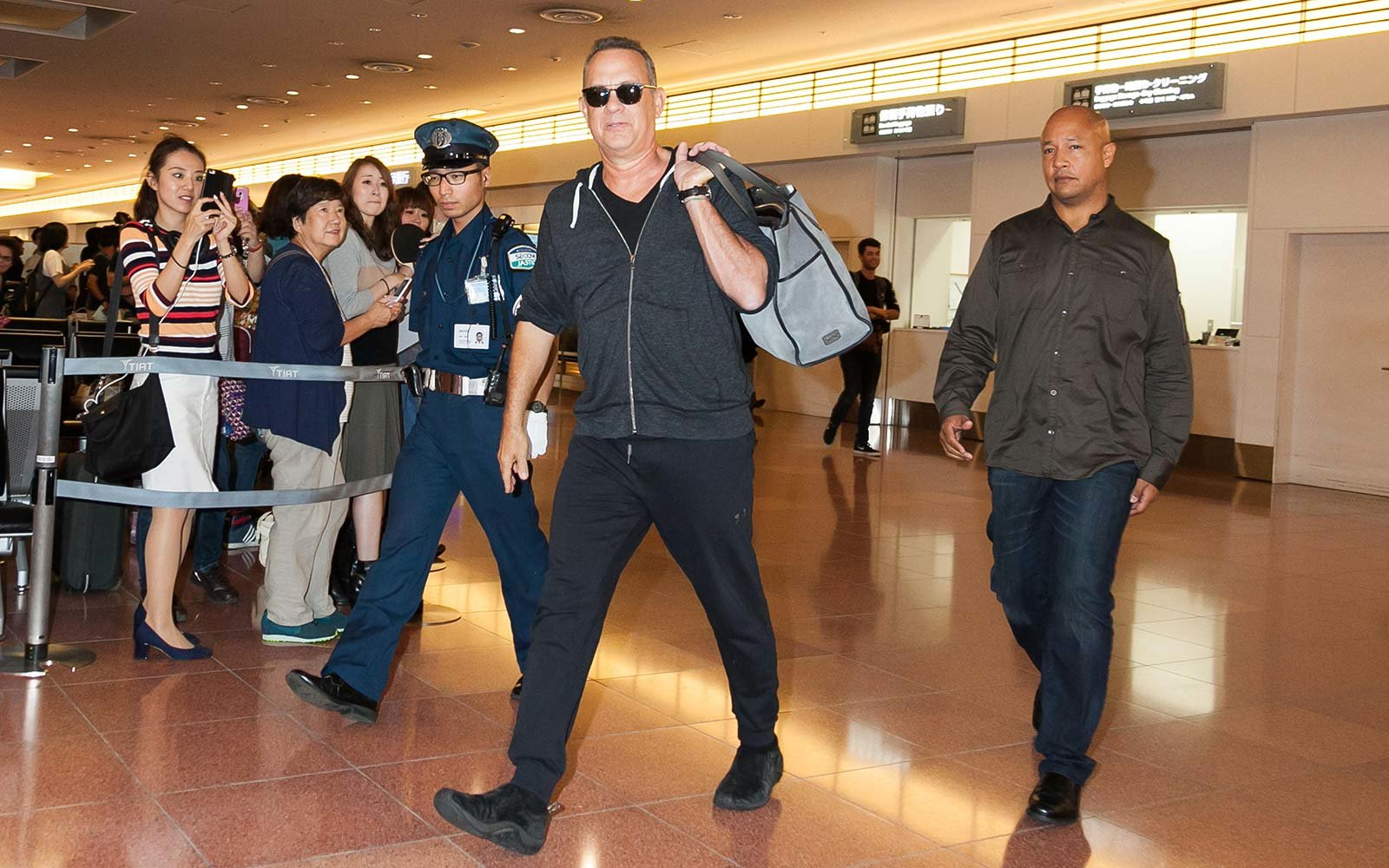 Tom Hanks Travel Obamas Oprah Winfrey Vacation