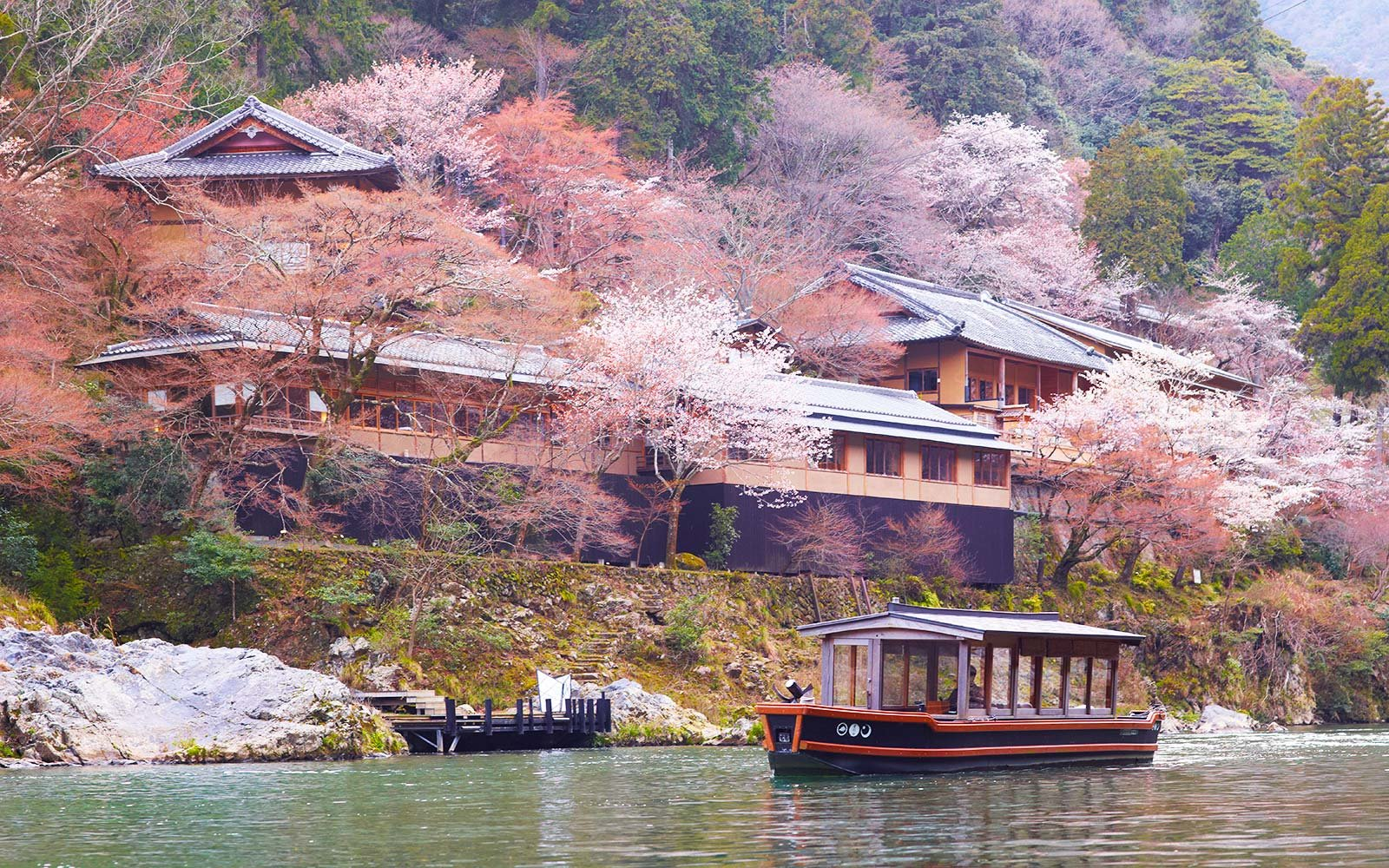 Jessica Alba Loves This Magical Hotel In Kyoto Travel Leisure