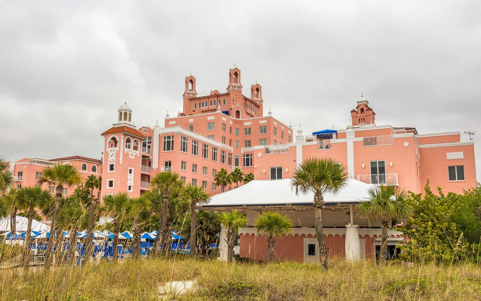 Don CeSar hotel in Tampa